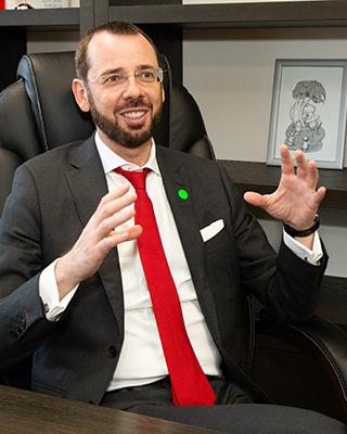 Максим Белоусов, заместитель председателя правления Абсолют Банка