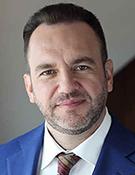Дмитрий Брейтенбихер, руководитель департамента по работе с премиальными клиентами, старший вице-президент ВТБ