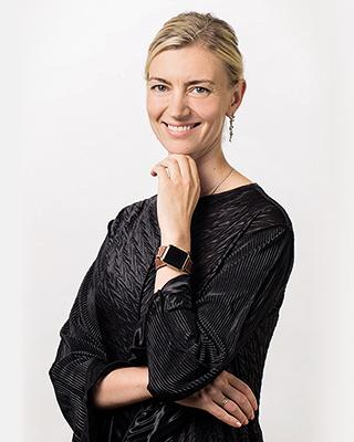 Ксения Мартынова, управляющий директор департамента HR-компетенций Сбербанка