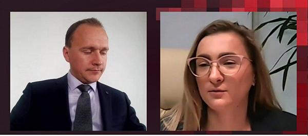 Юрий Хомутский (Cnews) и Светлана Адрова («Капитал Лайф Страхование Жизни»)