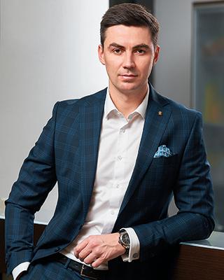 Кириллом Попов, директор Private Banking Банка «Санкт-Петербург»