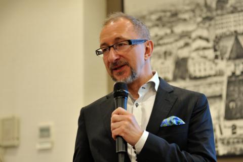 Виктор Достов, Ассоциация «Электронные деньги». Фото: Альберт Тахавиев / Finversia.ru