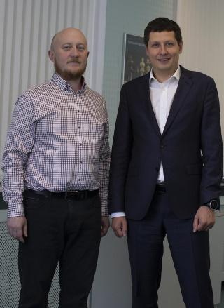 Данил Поминов (Банковское обозрение) и Алексей Санников (Экспобанк). Фото: Экспобанк