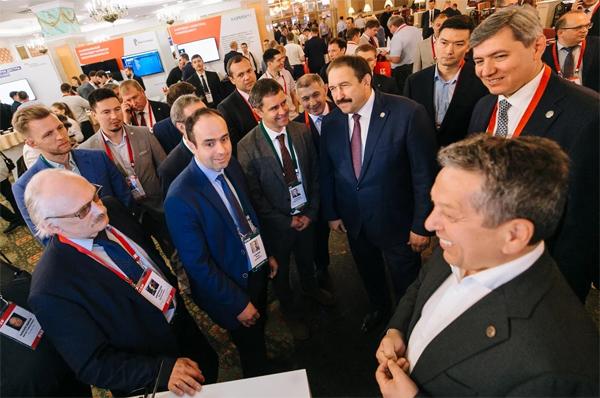 Прибытие официальной делегации во главе с премьер-министром Республики Татарстан Алексеем Песошиным. Фото: ICL