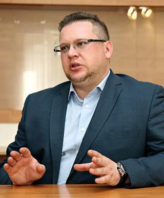 Илья Покаместов, «ЮниФактор»