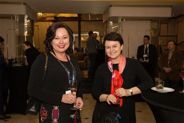 Динара Юнусова, Банки.ру и Татьяна Роготень, ЦФТ. Фото: Надя Дьякова / Finparty
